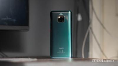Huawei tuyên chiến khởi kiện uỷ ban truyền thông Mỹ